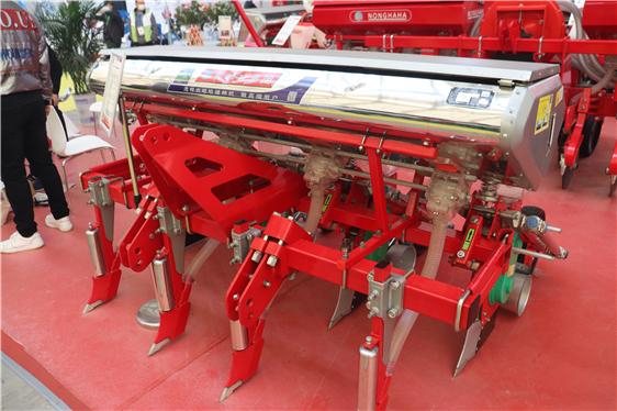 宁波市出台农机购置补贴政策实施异常情况报告制度