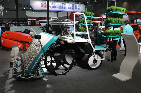 宁夏:实施新一轮农机补贴政策,到2021年底主要粮食作物综合机械化生产水平达到81%